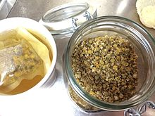 Loose_leaf_chamomile_tea